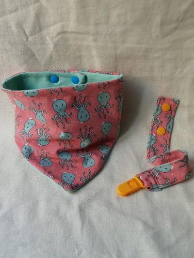 bandana-y-chupetero-bebe-infantil-estampada-pulpos