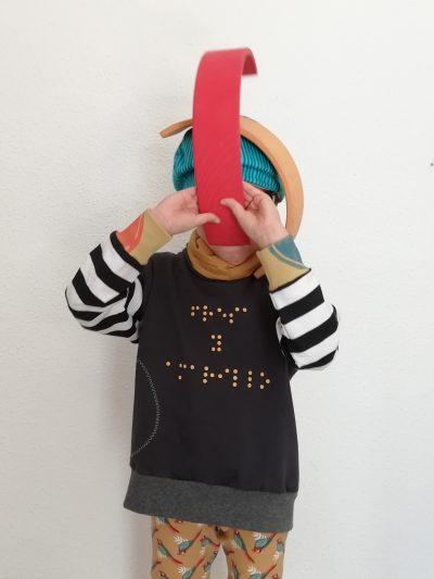 sudaderas-nio-infantil-braille-negro-y-rayas