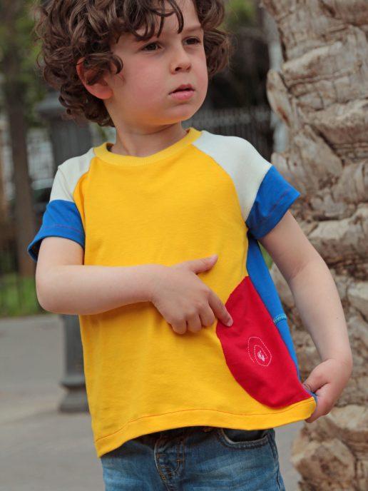 camiseta-nio-infantil-amarilla-y-azul