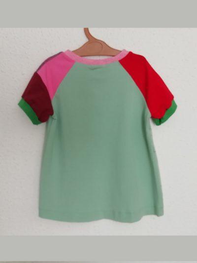 camiseta-nio-infantil-verde-menta-trasera